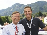 Alt-Tennispräsident Peter Scheiring mit Joungster Alex