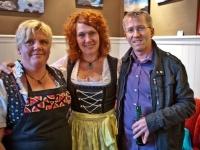 Links: Rachel Salvenmoser (KiWi-Catering-Kitzbühel), Clare Roberts, Mobile Coiffeuse, Felix Obermoser Pressereferent Kitzbühel