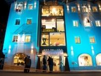 Kitz Galleria: Mehrwert für´s  Stadtzentrum: unten und oben. Shops auf 1.800 m2
