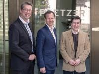v.l. Hoteldirektor Peter Heine, GF. Manfred Pletzer,Martin Schmitzer, Uni Innsbruck, Foto: Kitzcam