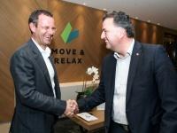 "Sigi Egger:""Gratulation zu Deinem neuen Hotel Projekt Bild R.D. Lehner"