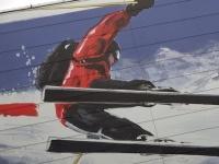 Skisport, gerade in Kitzbühel, in höchster Vollendung auf die Spitze getrieben. Gepfeffert mit Weltcup und Lifestyle: